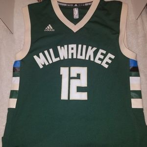 Adidas Milwaukee Bucks Jersey, #12 Parker, Small
